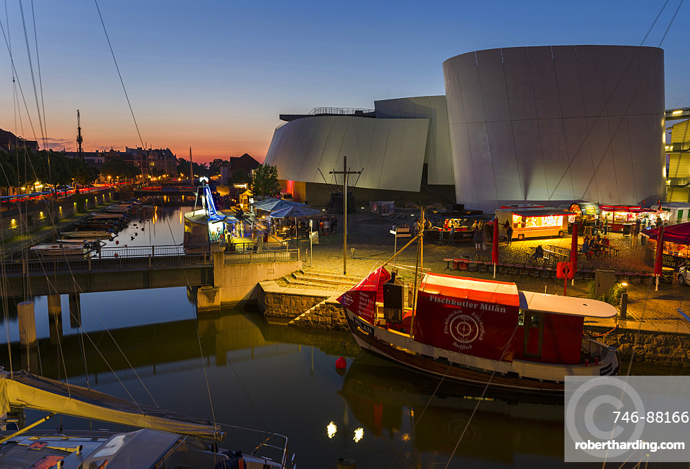Ozeaneum, a museum dedicated to oceans especially the Baltic and the North Sea, a new architectural icon and landmark of Stralsund The Hanseatic City Stralsund. The old town is listed as UNESCO World Heritage. Europe, Germany, West-Pomerania, June