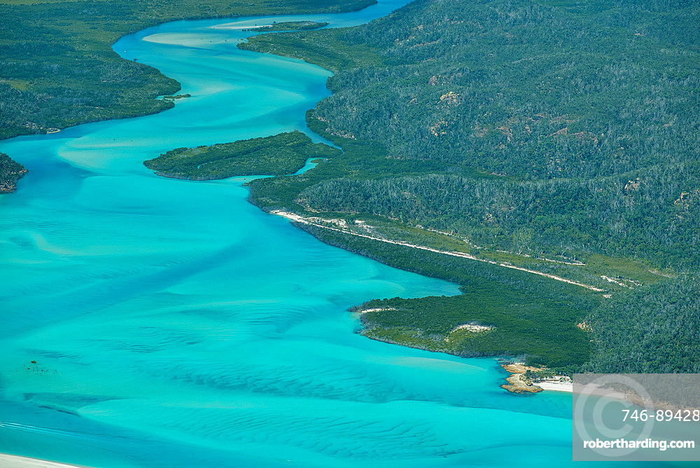 Aerial view of beautiful Whitehaven Beach in Whitsunday Islands, Australia