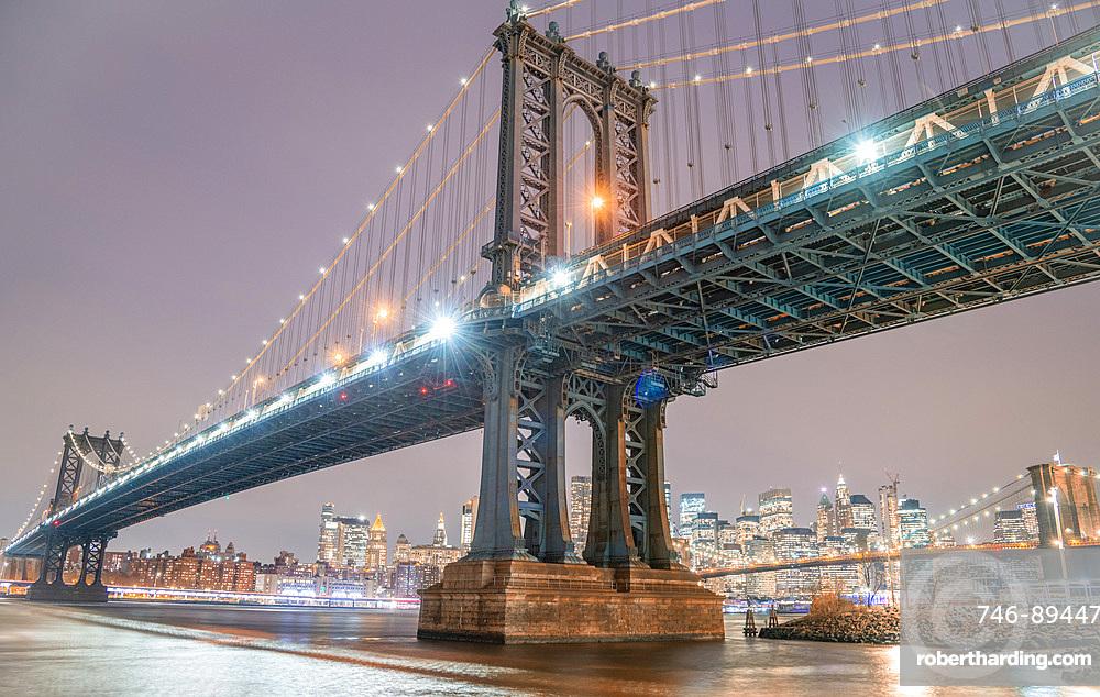 Bridges of New York City at night.