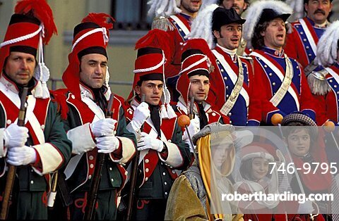 Singing, Traditional carnival, Ivrea, Piemonte, Italy