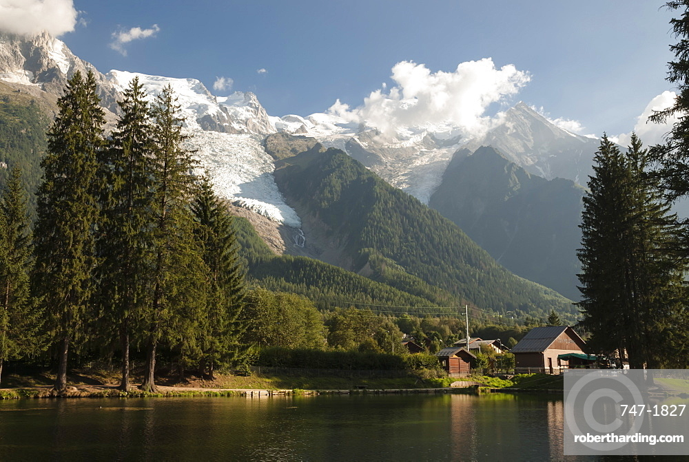 Mont Blanc, 4809m, and the Glaciers, Chamonix, Haute Savoie, French Alps, France, Europe