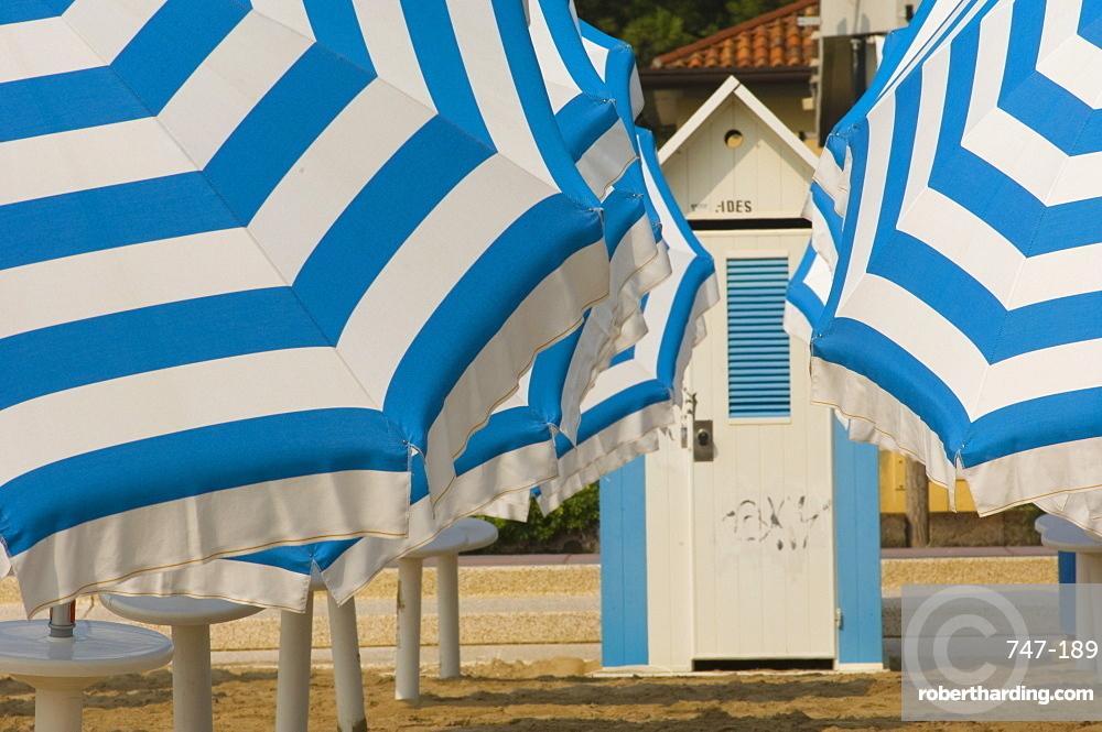 Umbrellas and beach hut, Jesolo, Venetian lagoon, Veneto, Italy, Europe