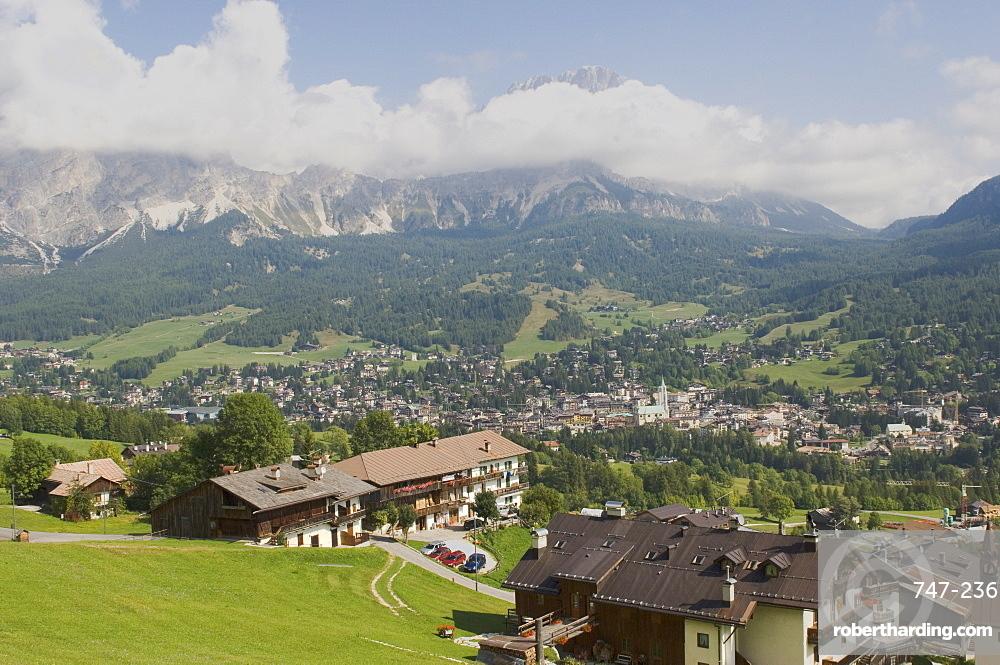 Cortina D'Ampezzo, Belluno province, Veneto, Dolomites, Italy, Europe