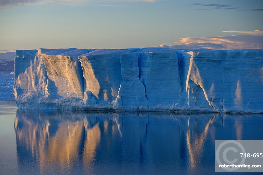 Iceberg, Weddell Sea, Antarctic Peninsula, Antarctica, Polar Regions