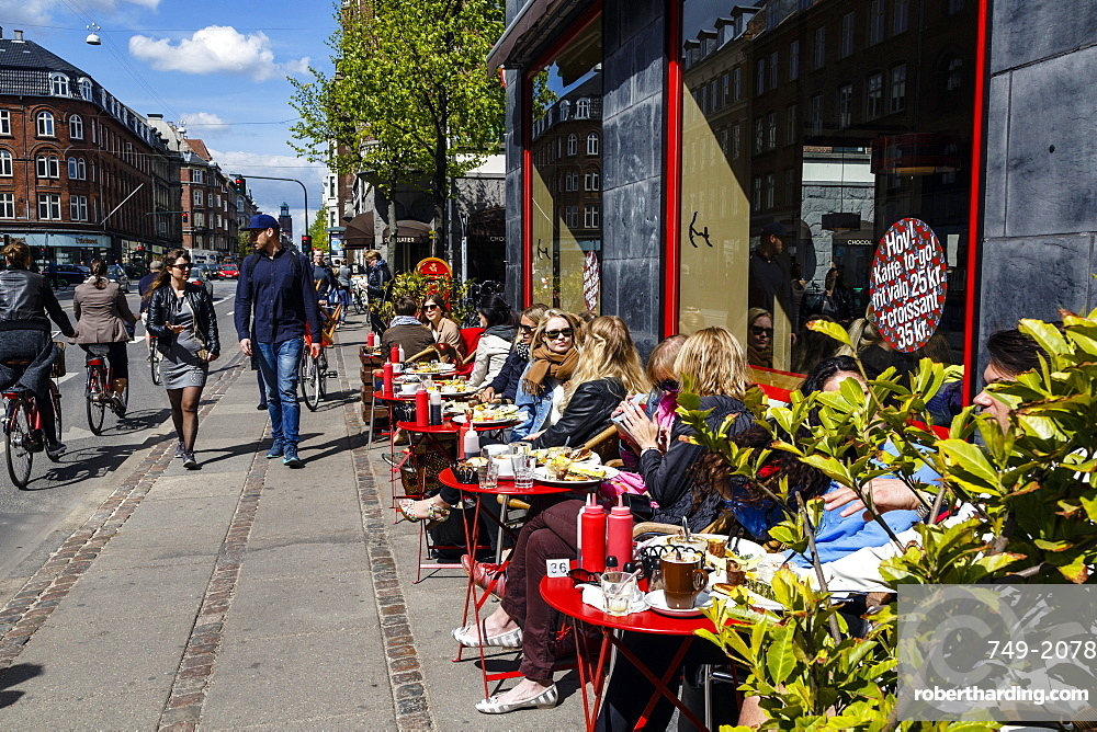 People sitting at the laundromat cafe on Gammel Kongevej, Frederiksberg, Copenhagen, Denmark, Scandinavia, Europe
