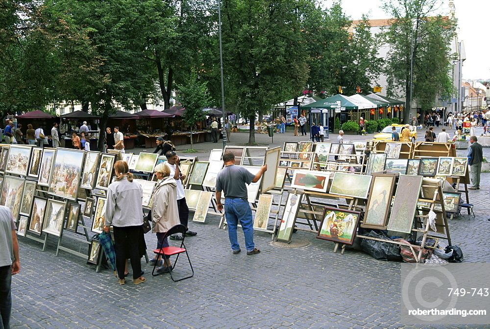 Artists displaying pictures for sale in Didzioji Gatve, Vilnius, Lithuania, Baltic States, Europe