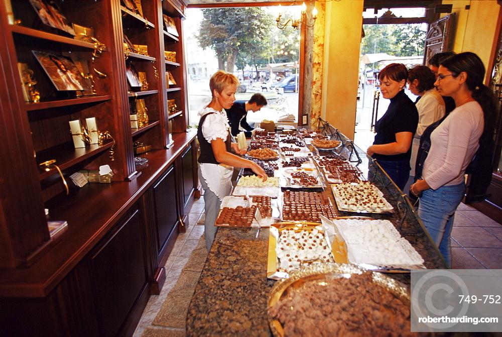 AJ sokoladas, home made chocolate shop, Pilies Street, Vilnius, Lithuania, Baltic States, Europe