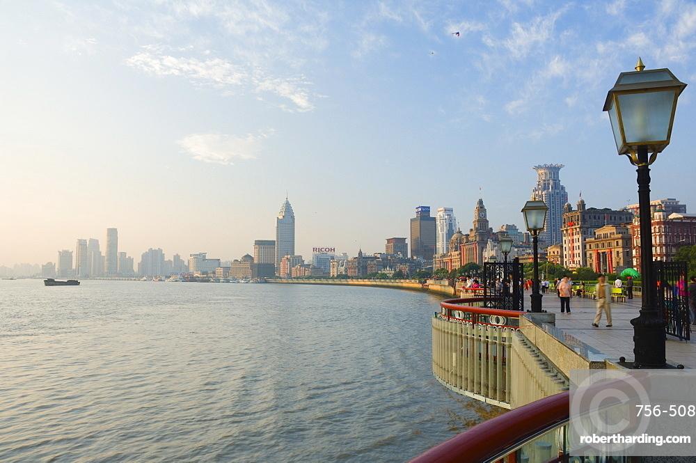 The Bund and Huangpu River, Huangpu District, Shanghai, China, Asia
