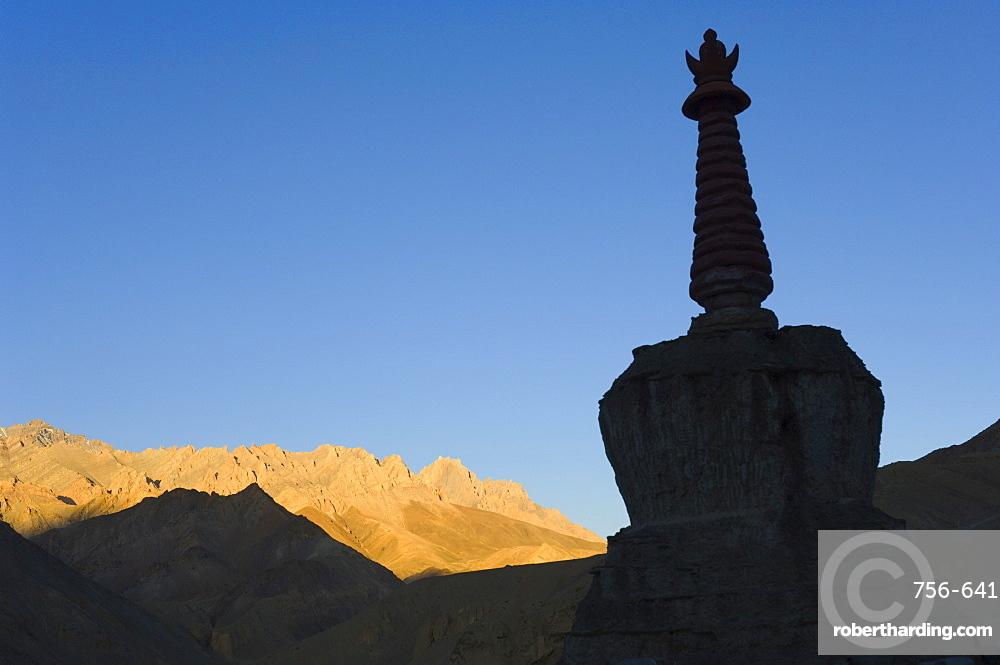 Chorten, Lamayuru gompa (monastery), Lamayuru, Ladakh, Indian Himalayas, India, Asia