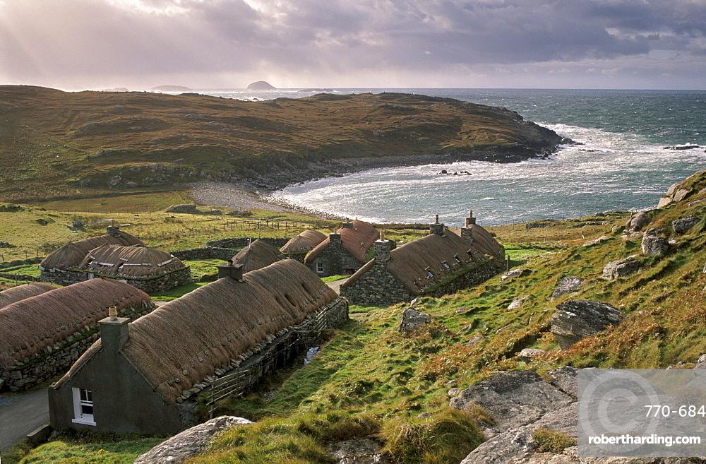 Garenin Black House village, Garenin (Gearranan), west coast of Lewis, Isle of Lewis, Outer Hebrides, Scotland, United Kingdom, Europe