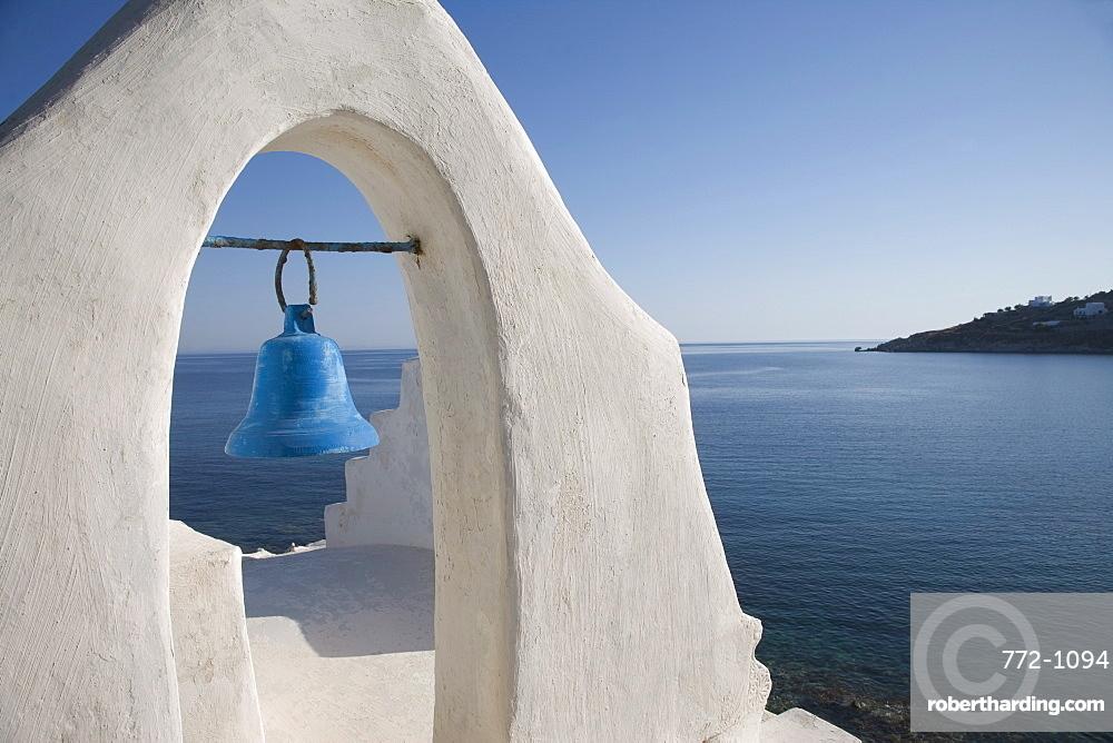 Church near the beach of Platys Gyalis, Mykonos, Cyclades Islands, Greek Islands, Greece, Europe