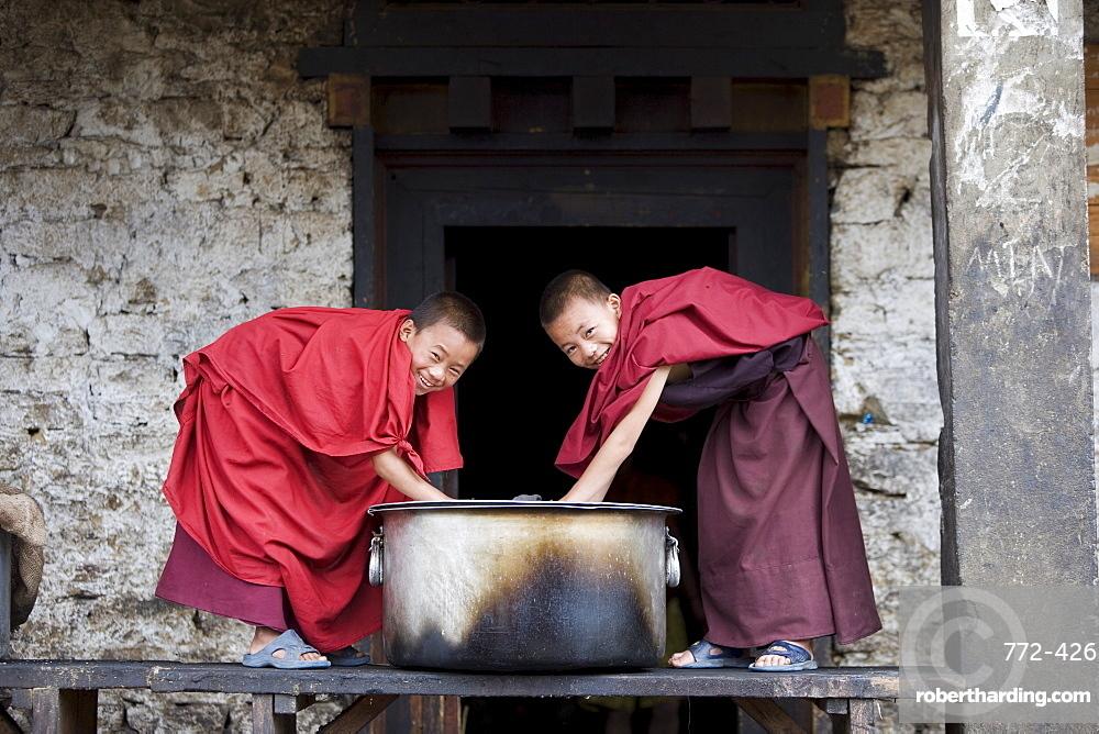Buddhist monks, Karchu Dratsang Monastery, Jankar, Bumthang, Bhutan, Asia
