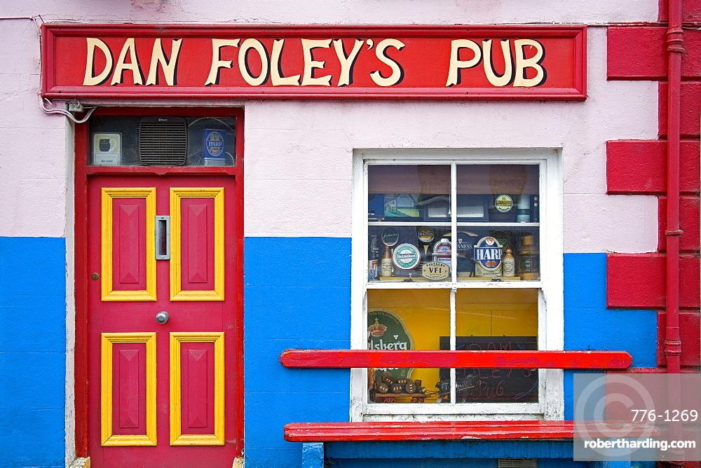 Dan Foley's Pub, Annascaul Village, Dingle Peninsula, County Kerry, Munster, Republic of Ireland, Europe