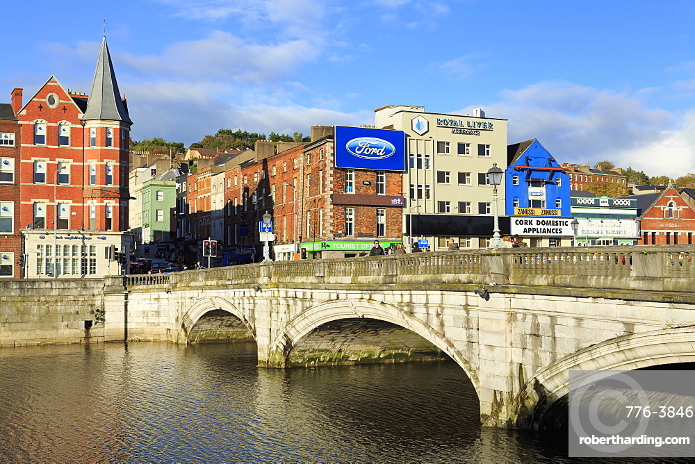 St. Patrick's Bridge over the River Lee, Cork City, County Cork, Munster, Republic of Ireland, Europe