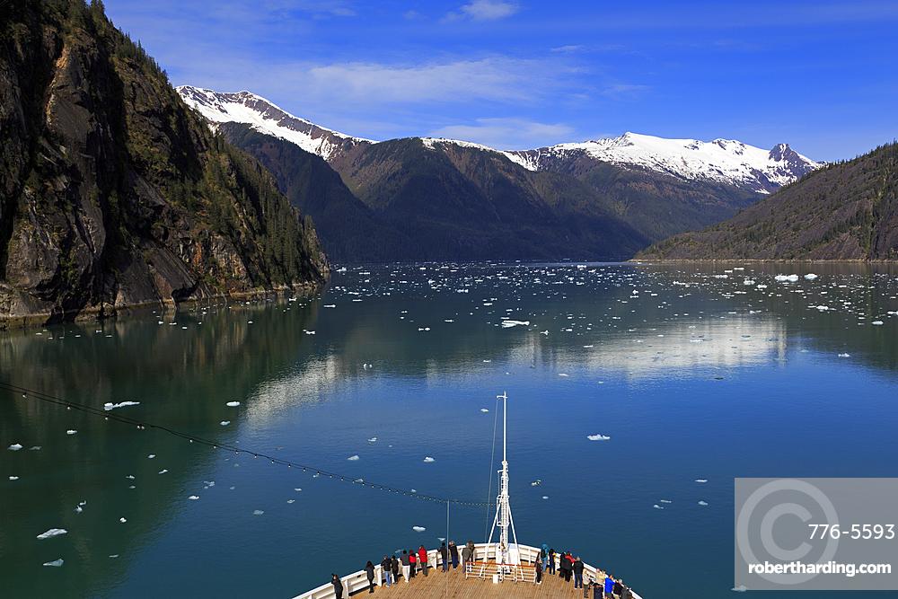 Cruise ship, Endicott Arm, Holkham Bay, Juneau, Alaska, United States of America, North America