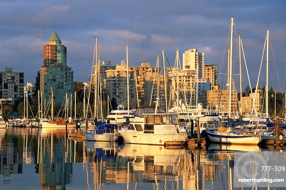 Coal Harbour boat marina, Vancouver, British Columbia, Canada, North America