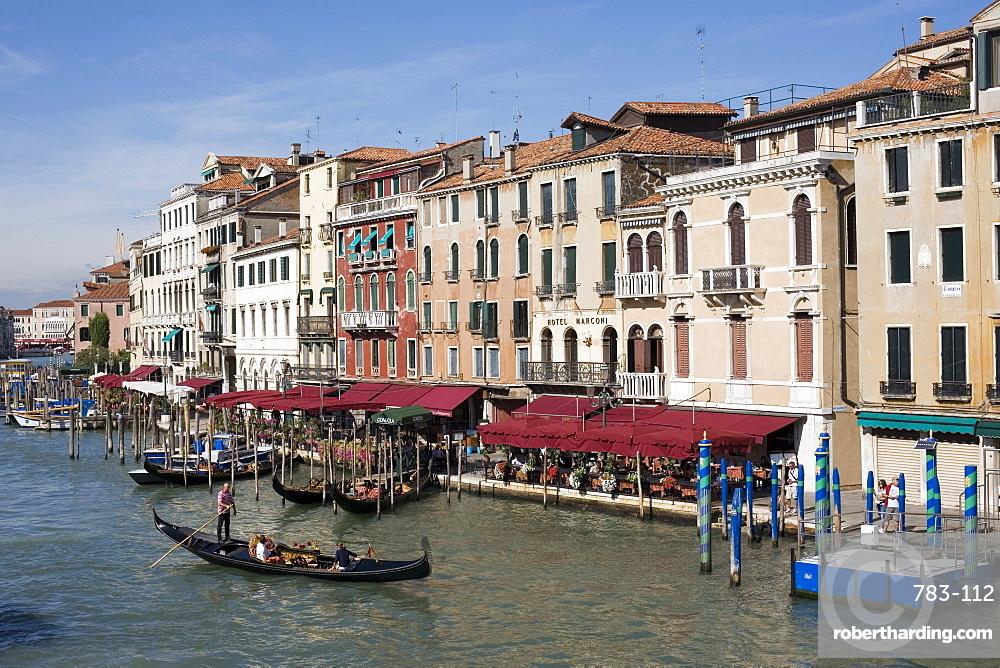 View of the Grand Canal from the Rialto Bridge, Venice, UNESCO World Heritage Site, Veneto, Italy, Europe