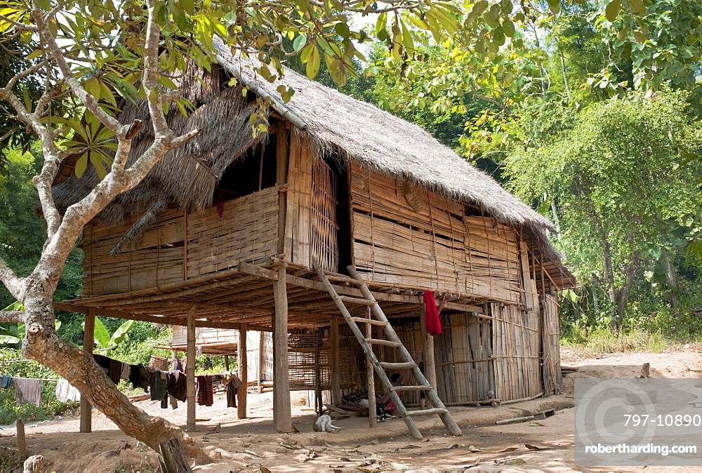 Laos, Mekong, Bamboo Hut in Village next to the Mekong River.