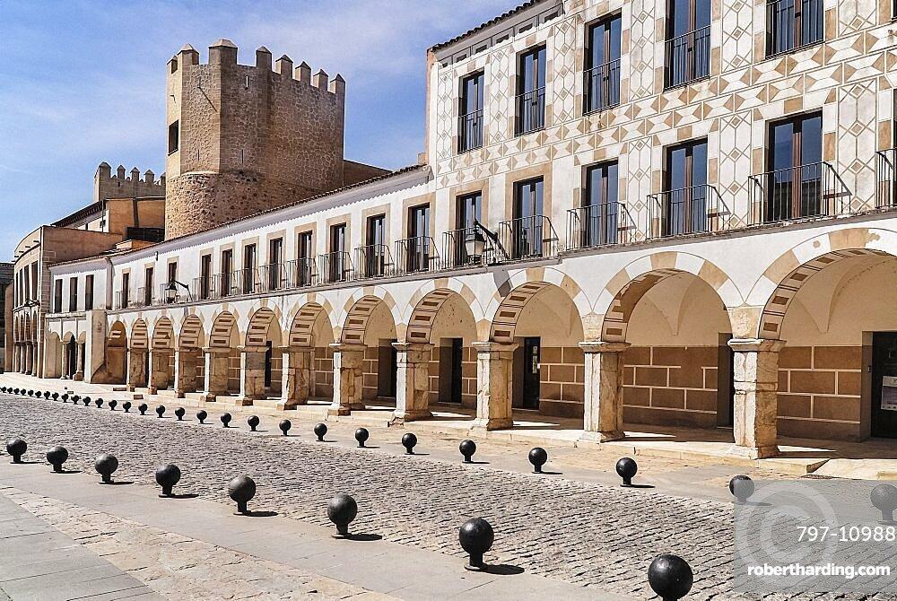 Spain, Extremadura, Badajoz, Plaza Alta and Alcazaba Walls.