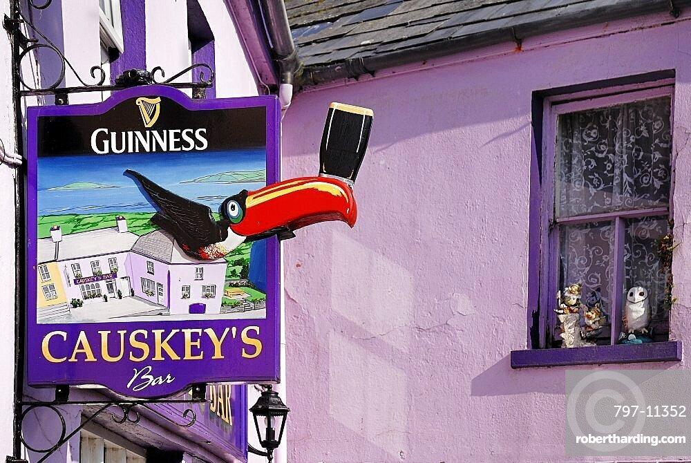 Ireland, County Cork, Eyeries, Causkeys Bar.