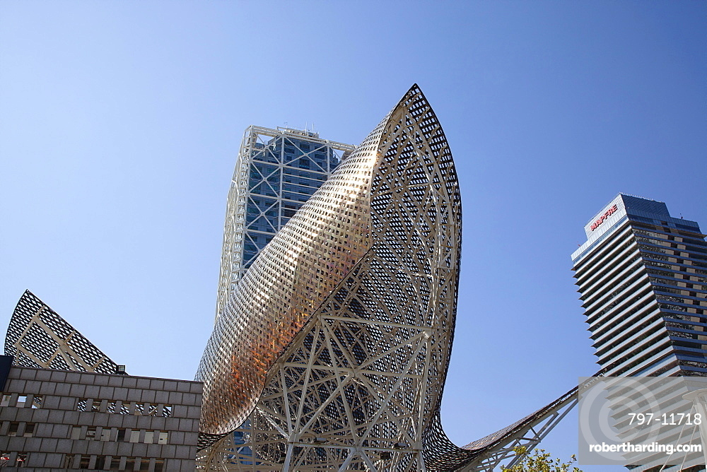 Spain, Catalonia, Barcelona, The Piex d'Or sculpture by Frank Gehry.