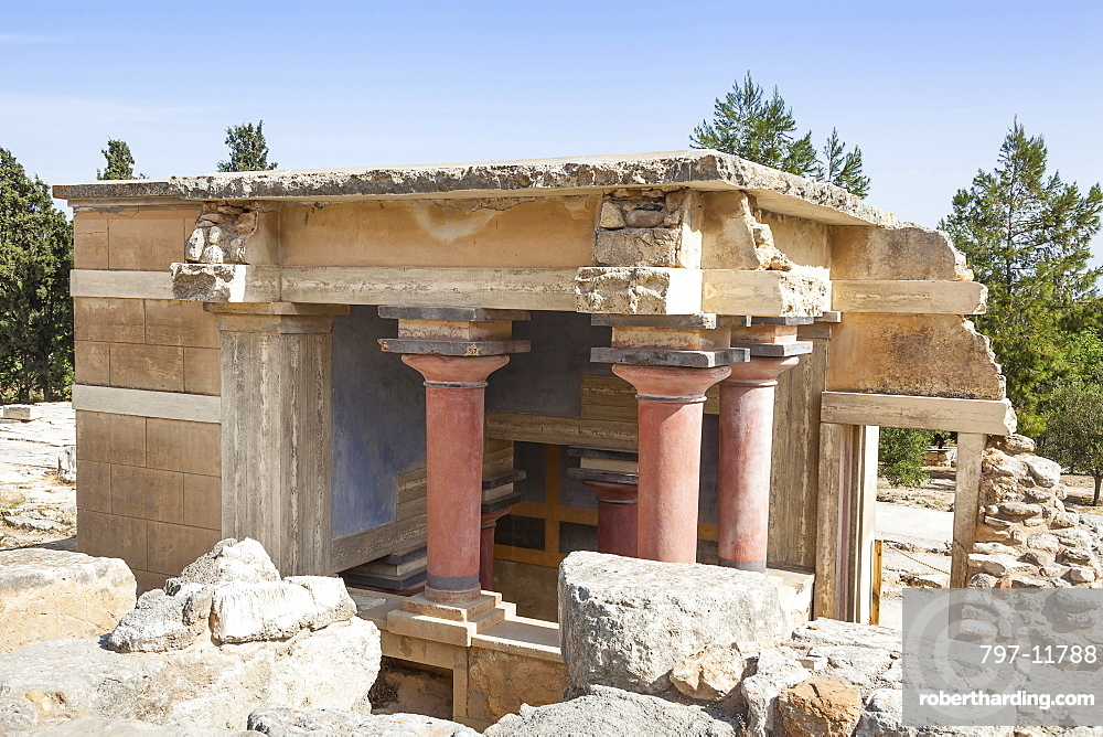 Greece, Crete, Knossos, The North Lustral Basin building, Knossos Palace.