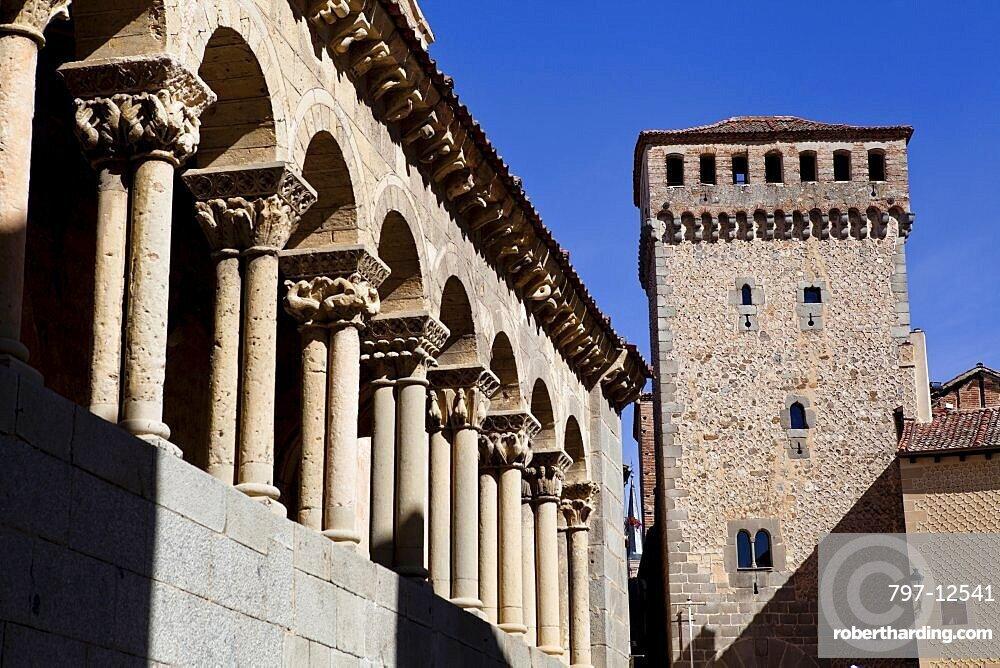 Spain, Castille-Leon, Segovia, Arches of the church of St Martin.