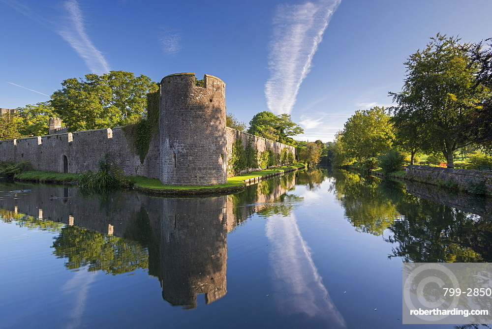 The Bishop's Palace and moat in Wells, Somerset, England, United Kingdom, Europe