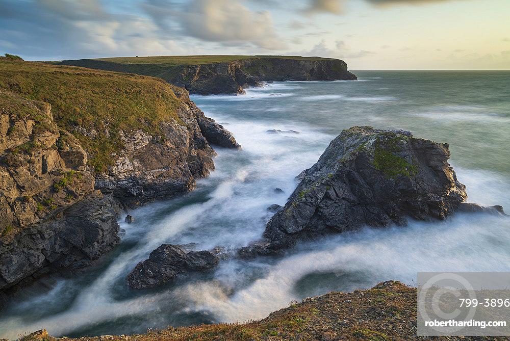 Dramatic coastal scenery at Porth Mear on the North Cornwall Coast, Cornwall, England, United Kingdom, Europe