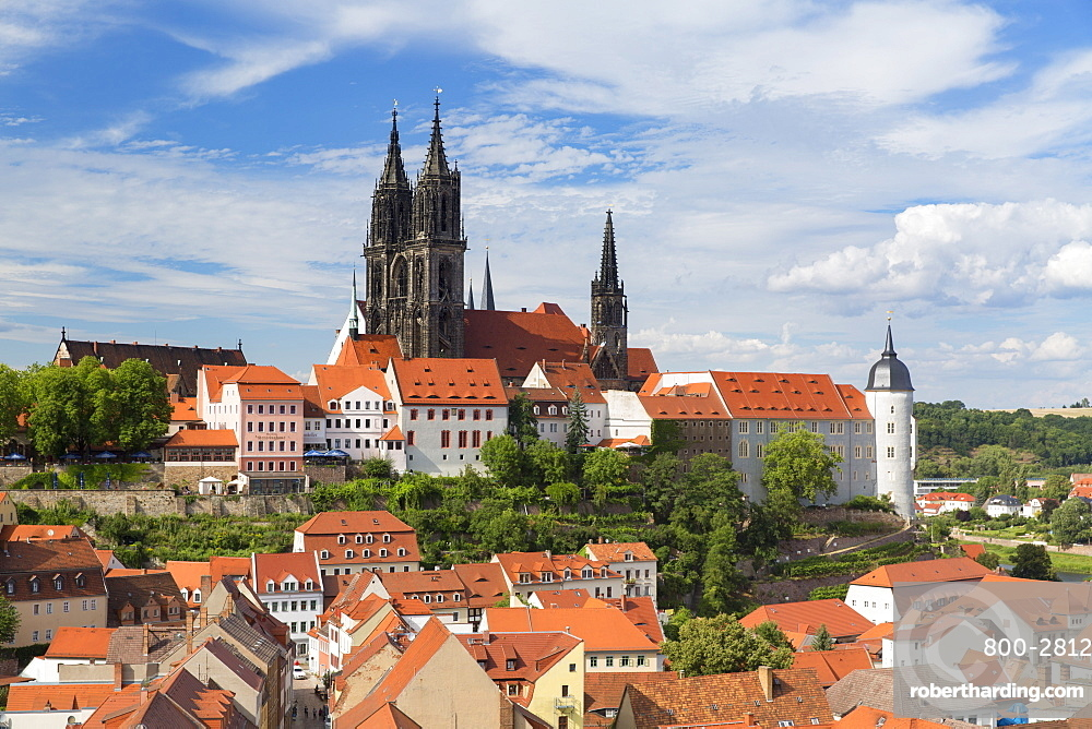 View of Cathedral and Albrechtsburg, Meissen, Saxony, Germany, Europe