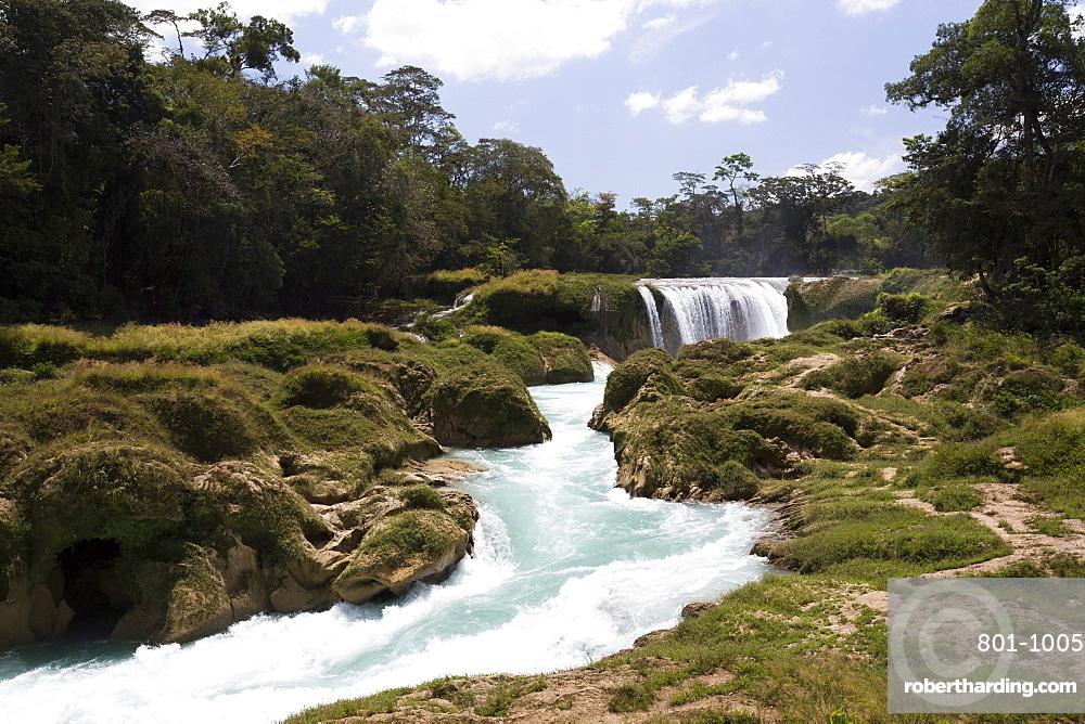 Rio Santo Domingo, Centro Ecoturistico Las Nubes, Chiapas, Mexico, North America