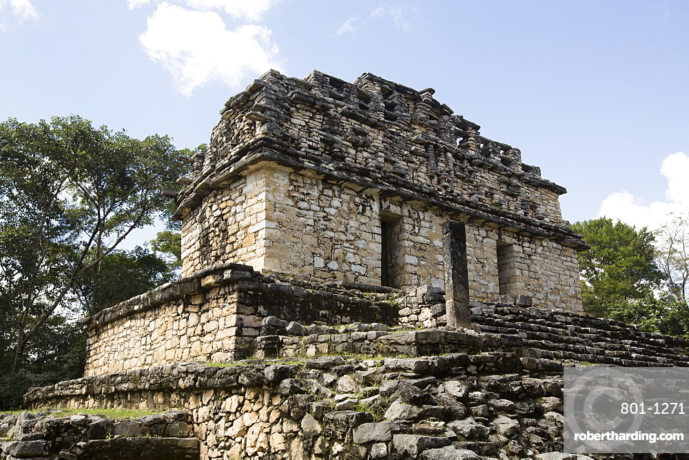 South Acropolis, Structure 40, Mayan Archaeological Site, Yaxchilan, Chiapas, Mexico, North America