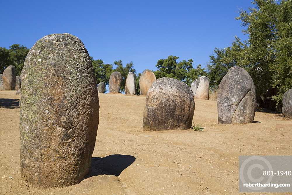 Megalithic stone-circles, 5000 to 4000 BC, Almendres Cromlech, near Evora, Portugal, Europe
