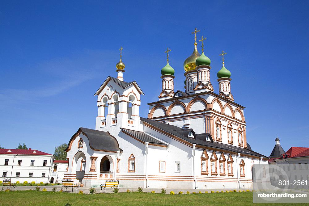Troitse-Sergiyev Varnitskiy Monastery, near Rostov Veliky, Golden Ring, Yaroslavl Oblast, Russia, Europe