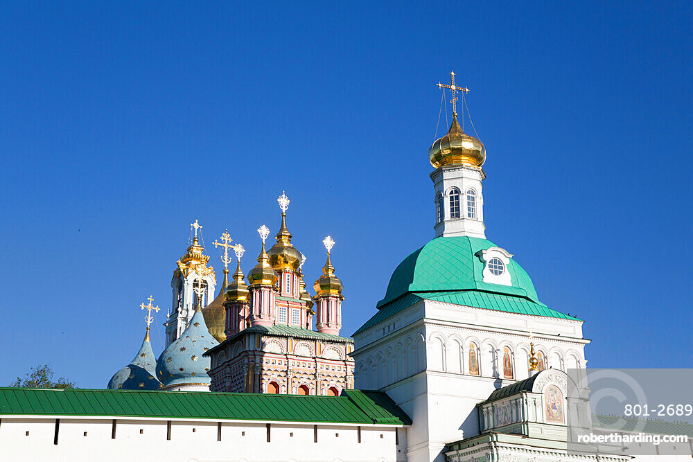 Holy Gate (foreground), The Holy Trinity St Sergius Lavra, UNESCO Site, Sergiev Posad, Golden Ring, Moscow Oblast, Russia
