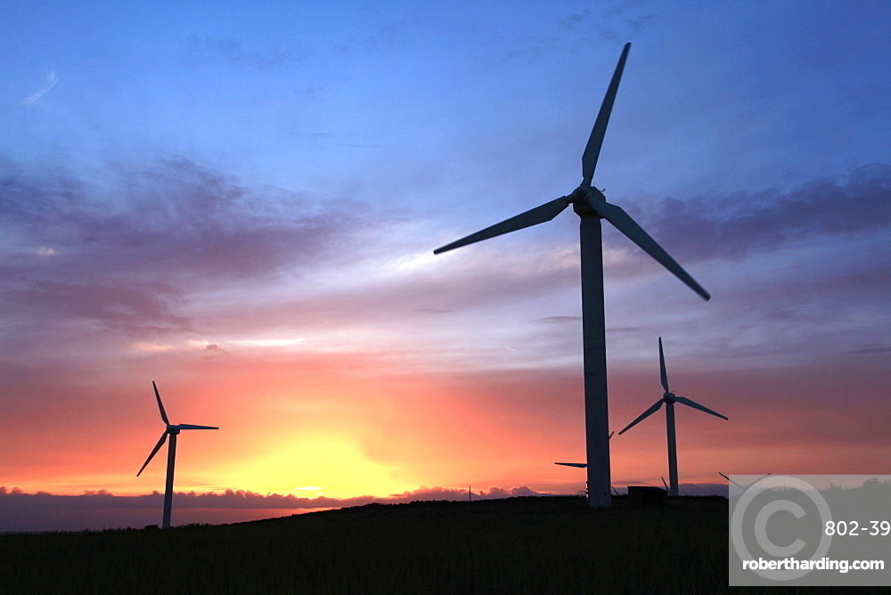 Wind turbines on Bodmin Moor, near Bodmin, Cornwall, England, United Kingdom, Europe