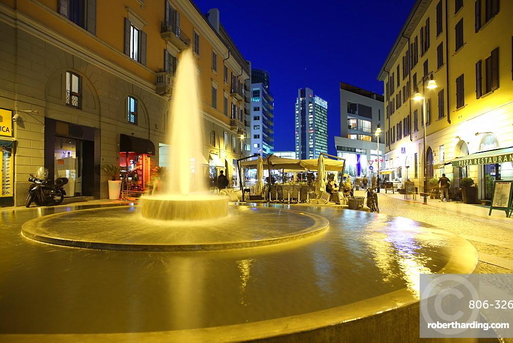 Corso Como at dusk, Milan, Lombardy, Italy, Europe