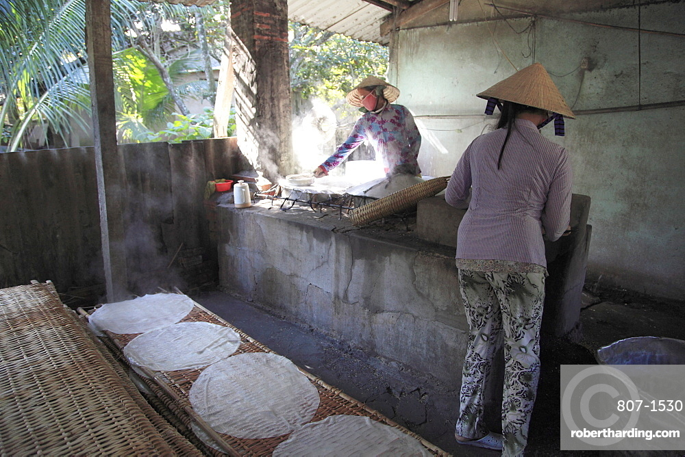 Rice noodle factory, Mekong Delta, Can Tho Province, Vietnam, Indochina, Southeast Asia, Asia