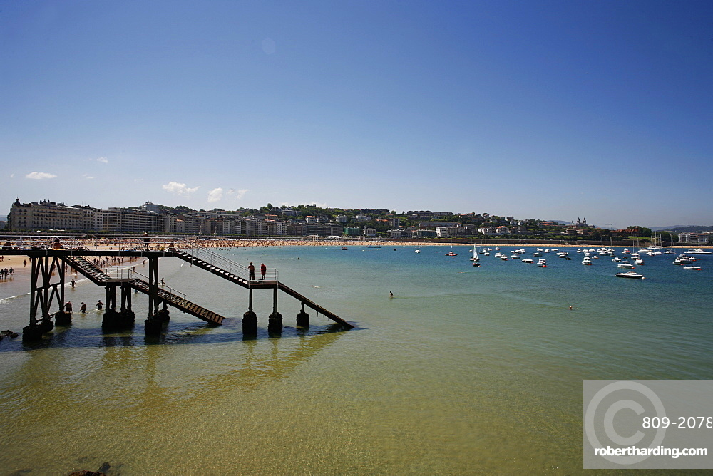 Concha bay, San Sebastian, Pays Basque, Euskadi, Spain, Europe