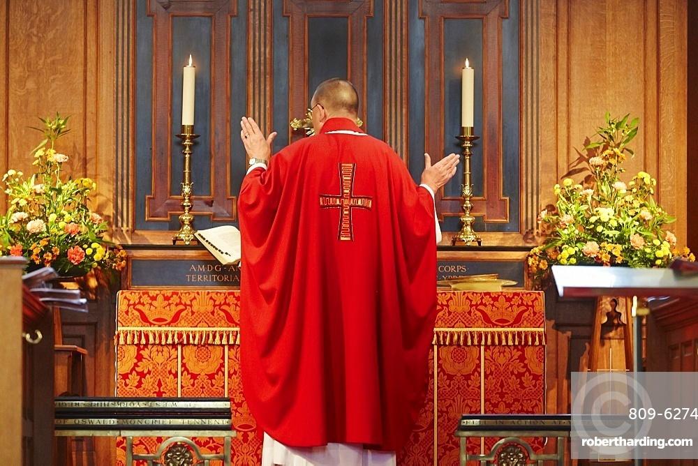 Saint George's Memorial Church, Ypres, West Flanders, Belgium, Europe
