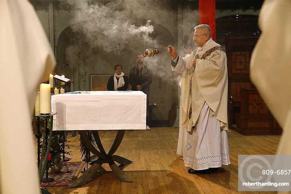 Maundy Thursday celebration in a Parisian Catholic church, Paris, France, Europe