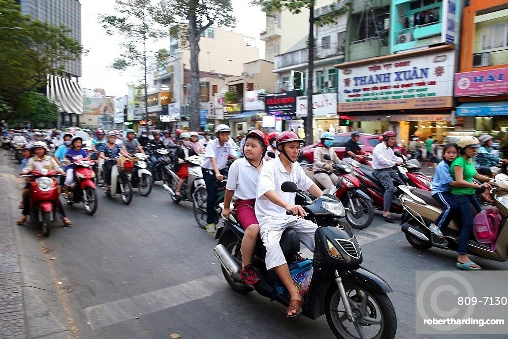 Motorcycles on Saigon Street, Ho Chi Minh City, Vietnam, Indochina, Southeast Asia, Asia