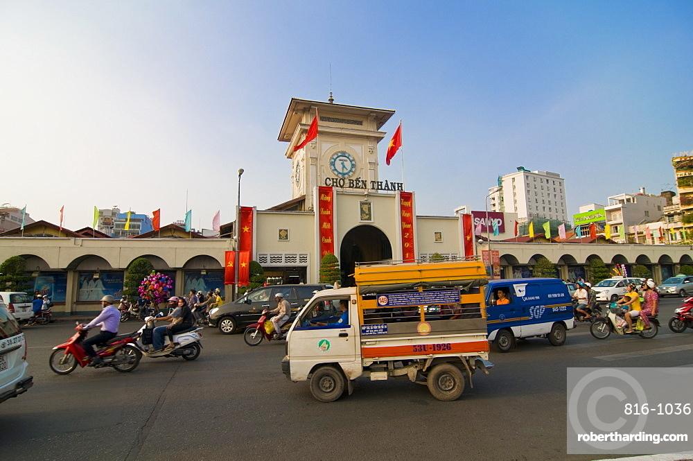 The central market of Ho Chi Minh City (Saigon), Vietnam, Indochina, Southeast Asia, Asia