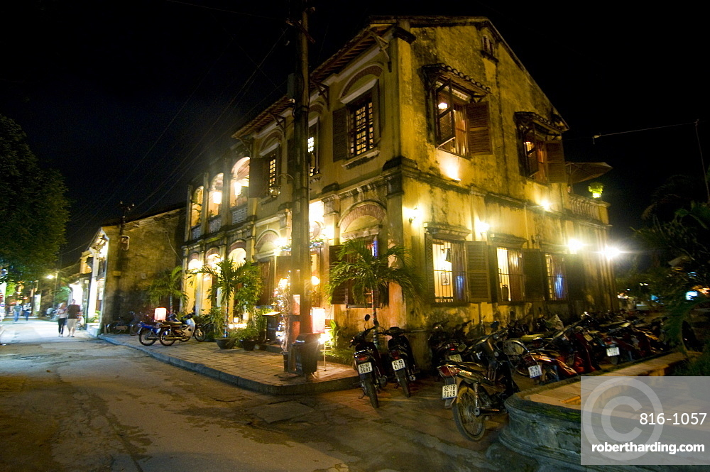 Night shot of colonial houses, Hoi An, Vietnam, Indochina, Southeast Asia, Asoa