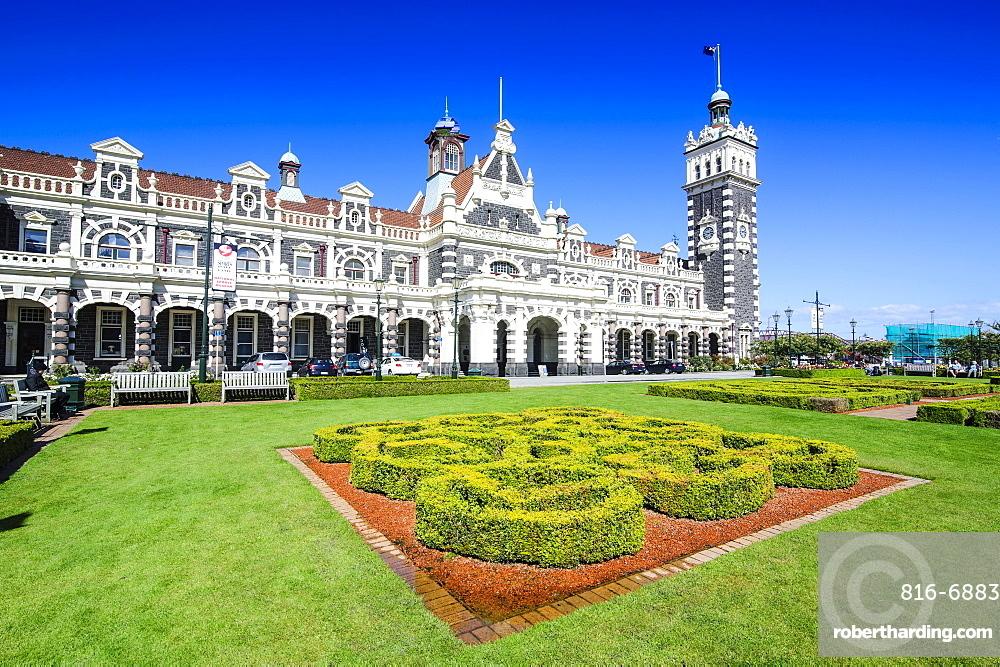Edwardian railway station, Dunedin, Otago, South Island, New Zealand, Pacific