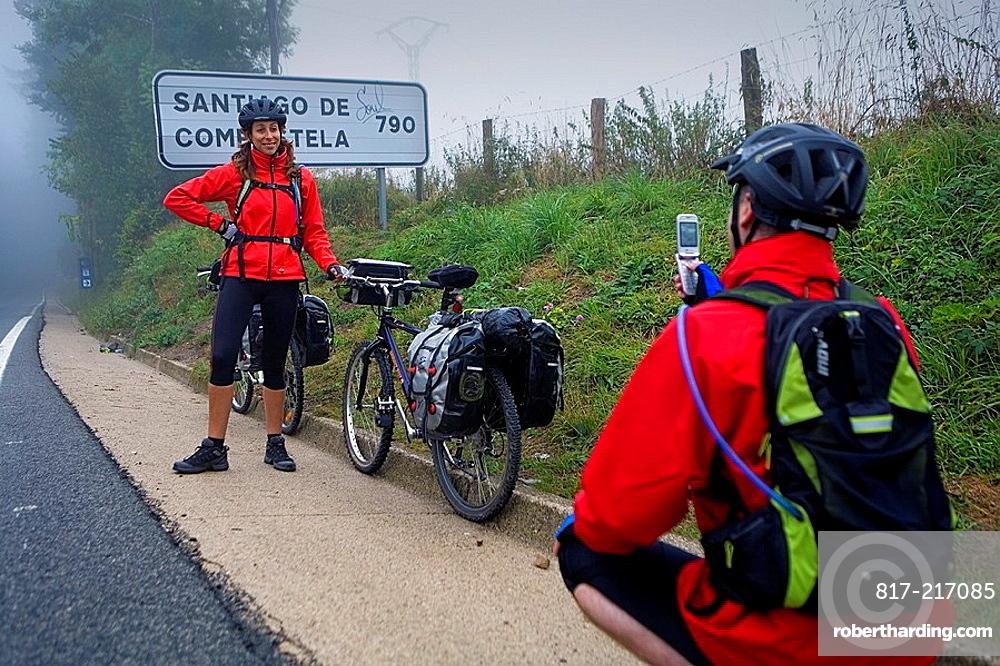 Pilgrims  Roncesvalles-Orreaga  Navarra  Eva y Gerardo Spain  Camino de Santiago