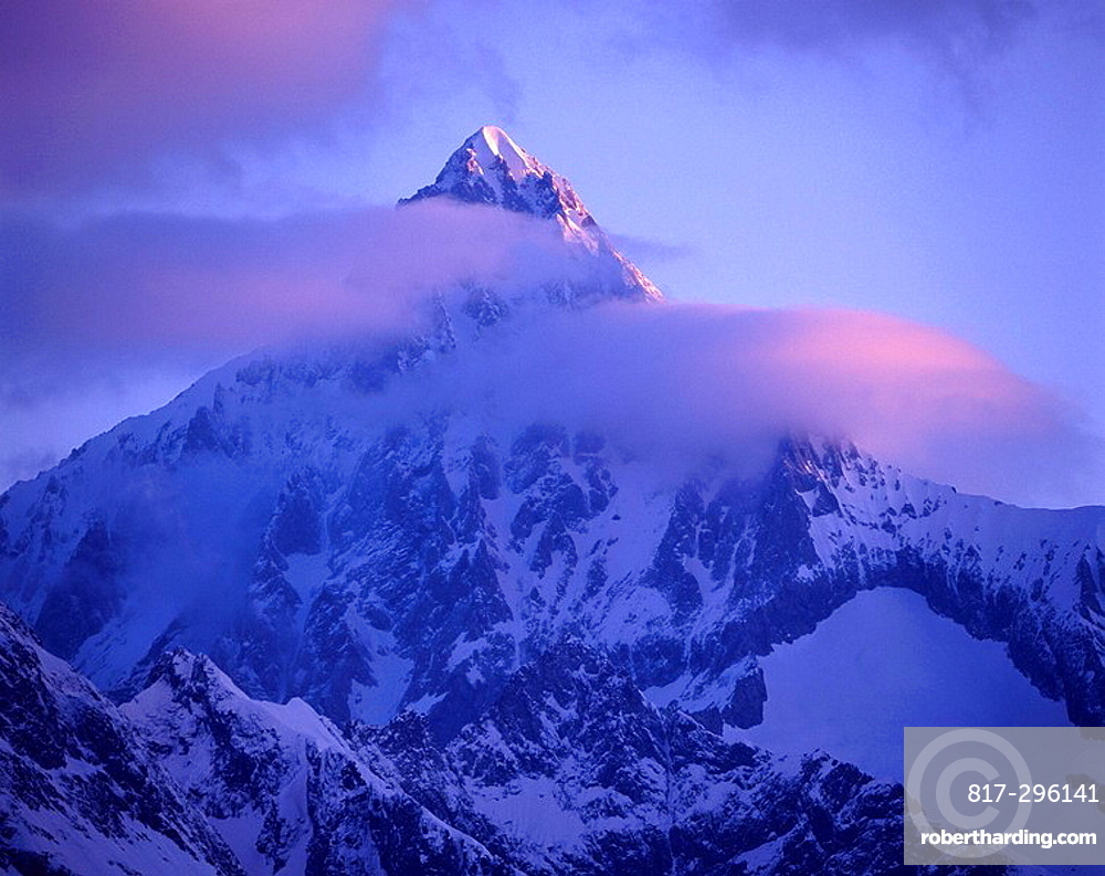 Bietschhorn, mountain, summit, clouds, mood, dusk, twilight, snow, mountains, Alps, scenery, landscape, Switzerland, E. Bietschhorn, mountain, summit, clouds, mood, dusk, twilight, snow, mountains, Alps, scenery, landscape, Switzerland, E
