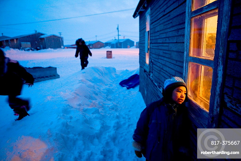 Gojahaven is a town in the far north of canada where 1000 IInuits are living