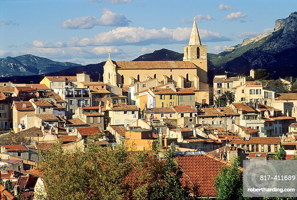 Old town of Aubagne, Bouches-du-Rhone department, Provence-Alpes-Cote d'Azur region, France, Europe