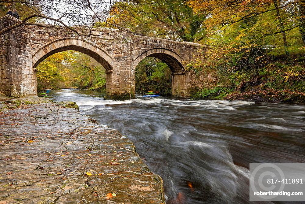 New Bridge over the River Dart in Dartmoor National Park, Devon, England, UK, Europe